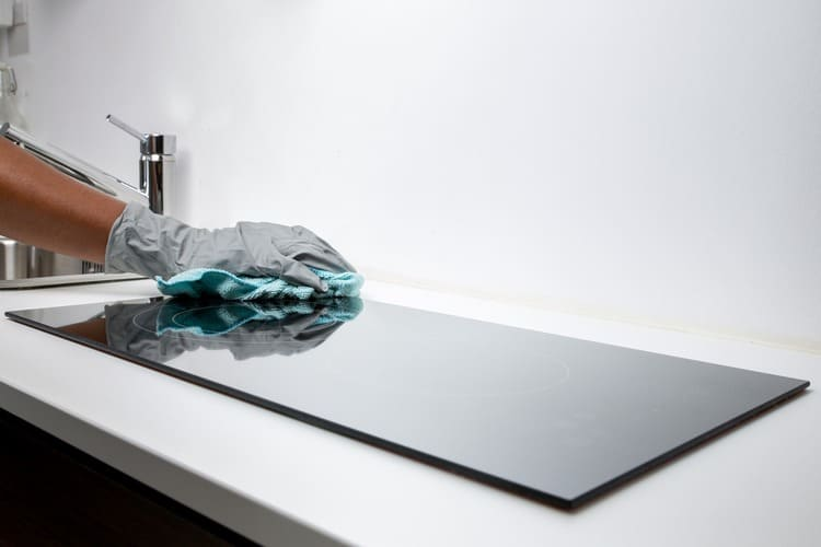 Limpeza de placa vidroceramica