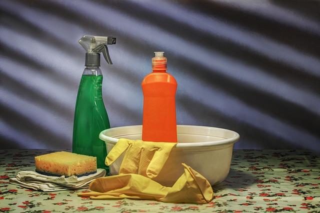 Quais as tarefas de limpeza doméstica que devo procurar ajuda