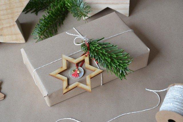 5 dicas para embrulhar os seus presentes de Natal